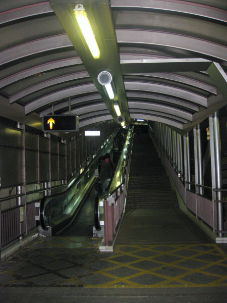 Central-Mid-Levels-escalerasJPG