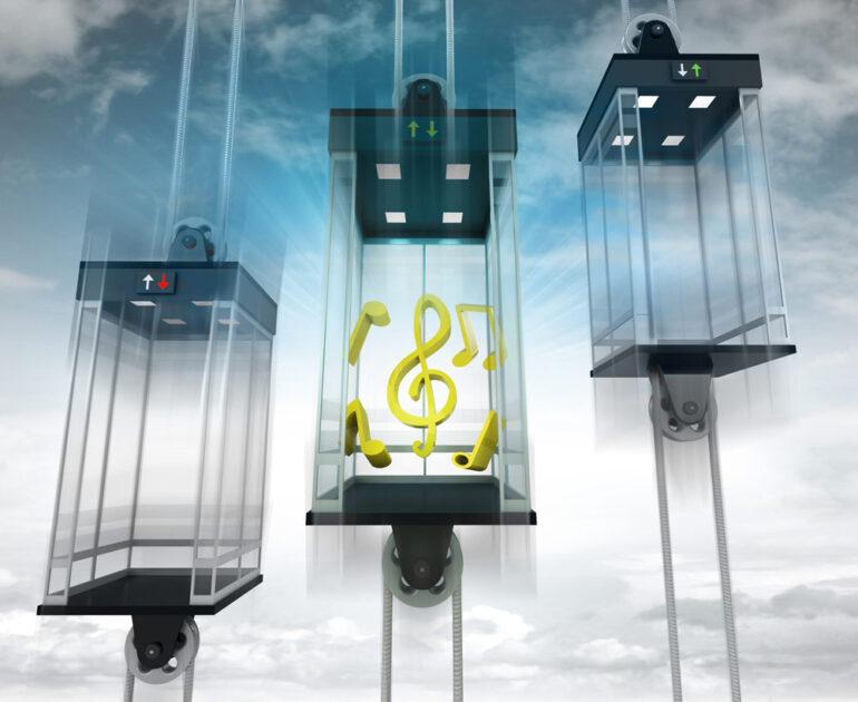 ¿Por qué hay música en los ascensores?