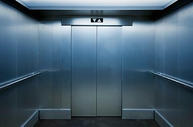 Ruidos en el ascensor