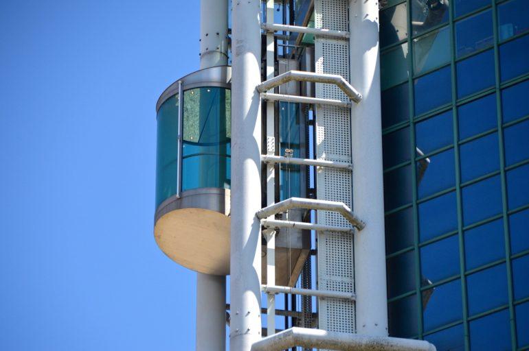 Legalizar el ascensor: el Registro de Aparatos Elevadores (RAE)